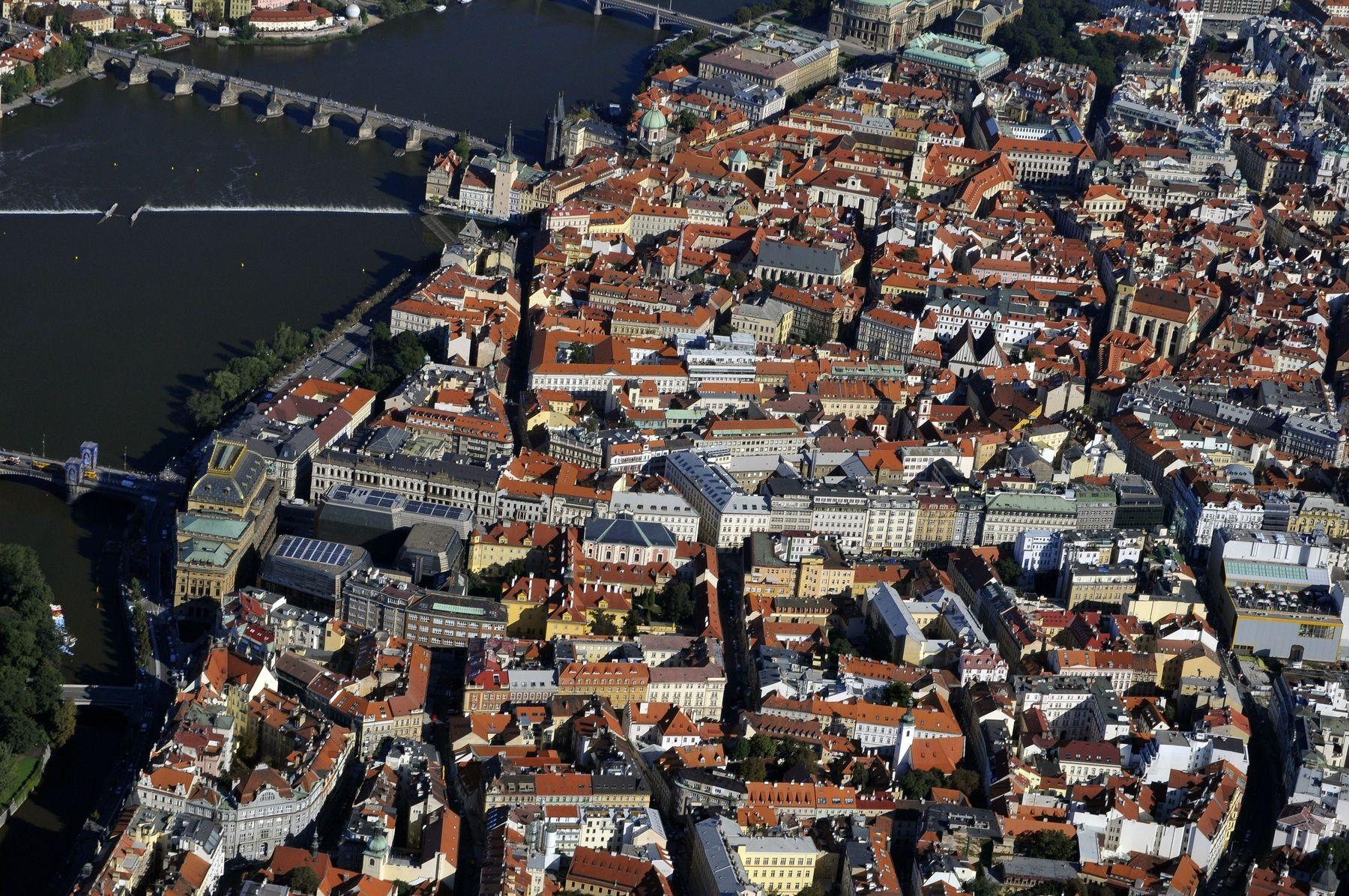 Praha Staré město z letadla