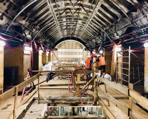 výstavba výtahové šachty na Karlově náměstí