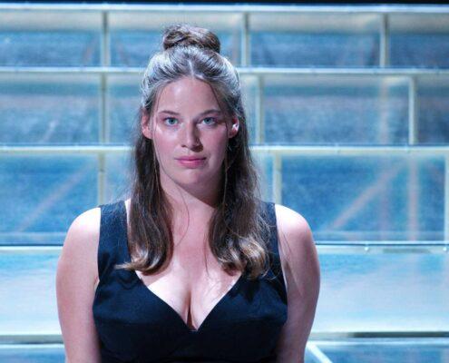 Natálie-Řehořová-hraje-v-nové-adaptaci-Cyrana-z-Bergeracu-Roxanu_foto-Alena-Hrbková